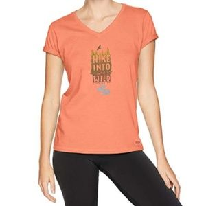Life is Good Fresh Coral Small Hike T-shirt